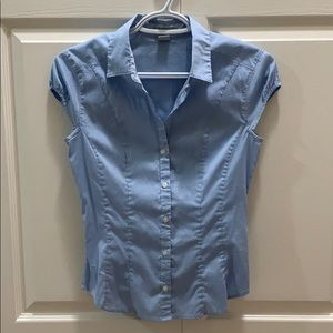H&M button down short sleeved work shirt